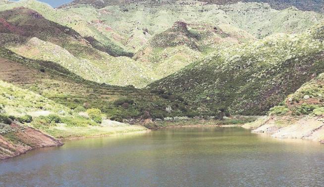 Barranco and Charca de Tahodio